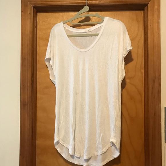 Very soft, long white t-shirt